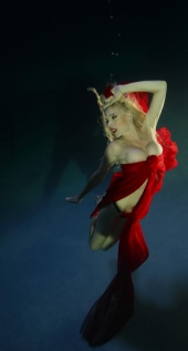 Rebecca Piket - Playboy July 2010 - UNDER WATER SHOOT