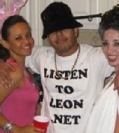 ListenToLeon.net - LL Cool J costume