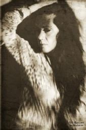 Lisa Eva Gold