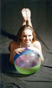 Freezeframe Photography - beach ball babe
