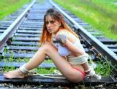 Miss Nicole Malice - Light Bondage