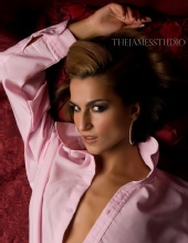 Mihaela - Mihaela Glamour