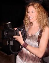 Digital Freelance - Fashion Photographer with a smile