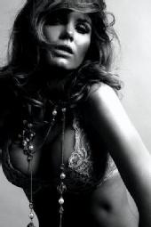www.alessandraalores.com - la perla