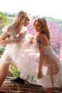 feldon - Chloe & Anistasia