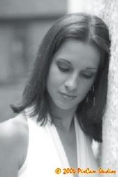 Jenni - Black & White