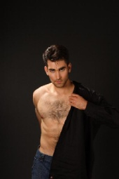 Nathaniel Evans - Putting on a shirt
