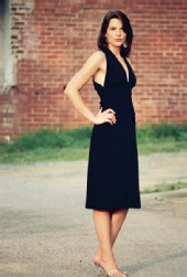 Sarah Richardson - Simple Black Dress