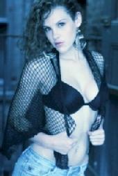 Kelly Tardiff - Glamorous and Sexy