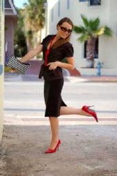 Veronika OK - Business Happy