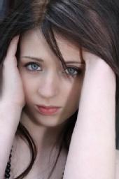 Emma Duffy - Headshot