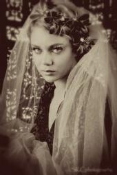 EmyLoo - 1930 bride