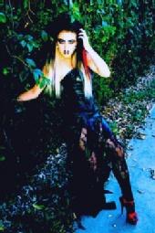 Scream Queen Devanny Pinn