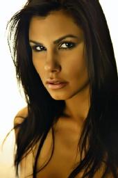 Tatiana - headshot
