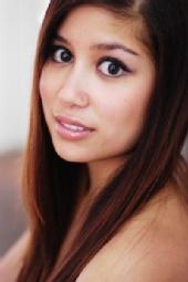 Mel Lim - Headshot 1