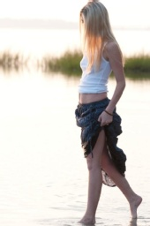 ErinBeth513 - Walking along the James River