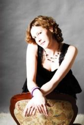 geisha_sarah - photoshoot with charlie studio blanco oxford