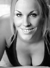Laura-Nadine - Black and White