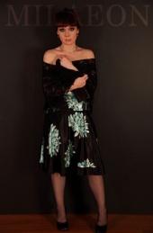 Angela - Fashion