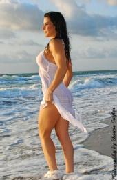 LauraLondon - White Dress