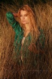 EDGE Photography - Model: Clara