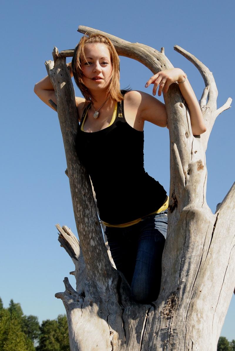 Backstreet Photography - Natasha checking things out