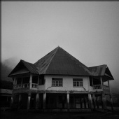 ibraaw - Old building at Ruteng, Flores