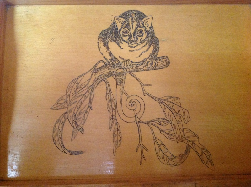 Coll - Wood burning on a coffee tray